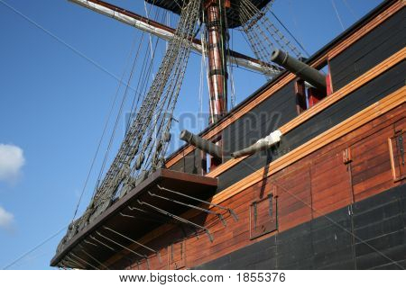 Pirate Ship 17