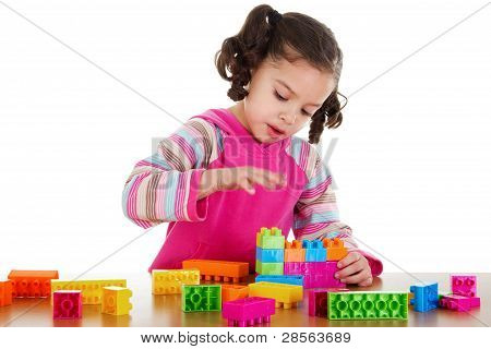 Niños en edad preescolar jugando