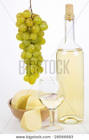 Stillleben mit Wein weiß