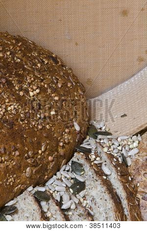 Round Wholemeal Bread - Sunflower Seeds And Grain; Sieve For Flour