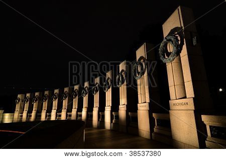 Washington DC - World War II Memorial at night