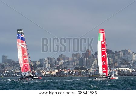 SAN FRANCISCO, CA - OCTOBER 4: Emirates Team New Zealand and Italy's Team Luna Rossa Piranha compete in the America'?s Cup World Series sailing races in San Francisco, CA on October 4, 2012