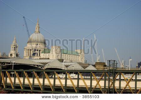 Sain Pauls Cathedral and Blackfriars