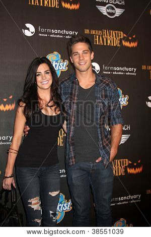 LOS ANGELES - OCT 7:  Jillian Murray, Dean Geyer arrives at the 4th Annual Los Angeles Haunted Hayride VIP Premiere Night at Griffith Park on October 7, 2012 in Los Angeles, CA