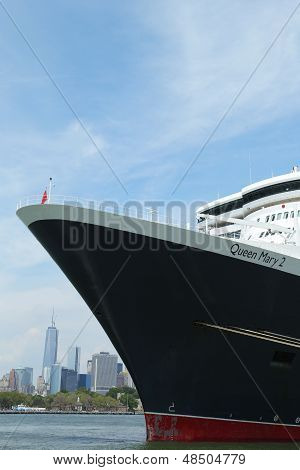 Queen Mary 2 cruise ship docked at Brooklyn Cruise Terminal
