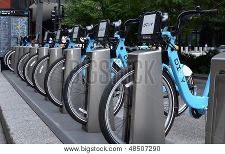 Divvy Bike Rental Station In Chicago