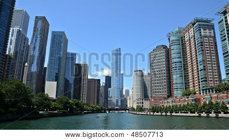 Chicago Riverview, mit Trump International Hotel And Tower