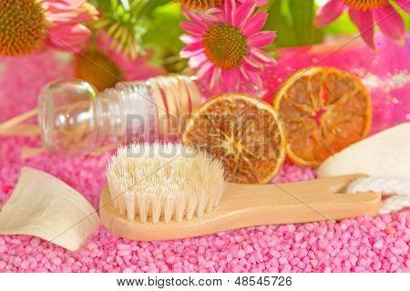 Bathing Brush And Gel With Echinacea