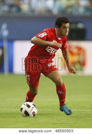 MALAGA, SPAIN. 19/09/2010. Lautaro Acosta a Sevilla midfield player in action during the La Liga match between CF Malaga and Sevilla, played in the La Rosaleda Stadium