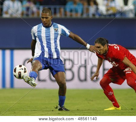 MALAGA, SPAIN. 19/09/2010. Salom�³n Rond�³n  the Malaga forward in action during the La Liga match between CF Malaga and Sevilla, played in the La Rosaleda Stadium