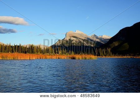 Mount Rundle And Vermilion Lakes In Autumn,canadian Rockies,canada