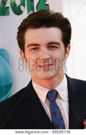 Drake Bell at the 2012 Nickelodeon Kids' Choice Awards, Galen Center,  Los Angeles, CA 03-31-12