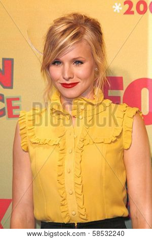 UNIVERSAL CITY - AUGUST 20: Kristen Bell at the 2006 Teen Choice Awards - Press Room at Gibson Amphitheatre on August 20, 2006 in Universal City, CA.