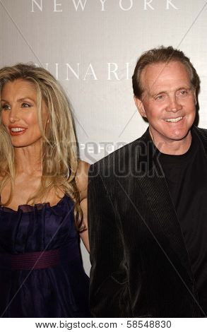 BEVERLY HILLS - APRIL 26: Heather Thomas, Lee Majors at the Nina Ricci Fashion Show and Gala Dinner to Benefit The Rape Foundation, hosted by Barneys New York on April 26, 2006 in Beverly Hills, CA.
