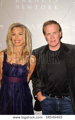BEVERLY HILLS - APRIL 26: Heather Thomas and Lee Majors at the Nina Ricci Fashion Show and Gala Dinner to Benefit The Rape Foundation at Barneys New York on April 26, 2006 in Beverly Hills, CA.