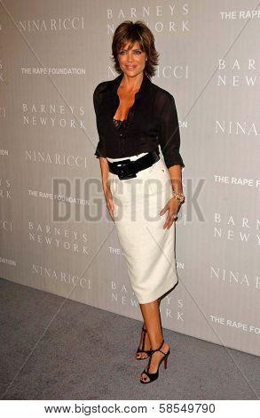 BEVERLY HILLS - APRIL 26: Lisa Rinna at the Nina Ricci Fashion Show and Gala Dinner to Benefit The Rape Foundation at Barneys New York on April 26, 2006 in Beverly Hills, CA.