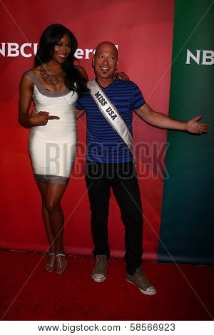 Nana Meriwether, Howie Mandel at the 2013 NBC Universal Summer Press Day , Langham Huntington Hotel, Pasadena, CA 04-22-13