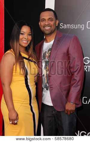 Mike Epps and wife Mechelle McCain  at