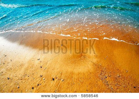 Drenched Shore, Sea Wave