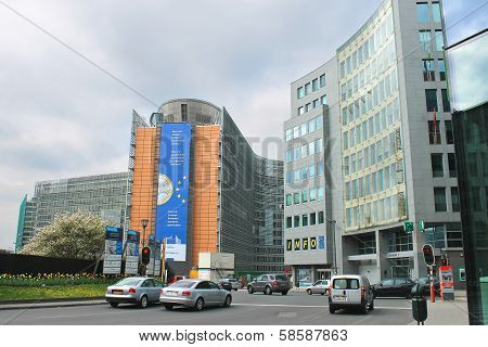 Movement Of Vehicles Near Buildings European Parliament  In Brussels, Belgium
