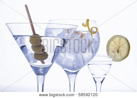 Cocteles, Gintonic, Martini Isolated Over White