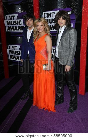 Reid Perry, Kimberly Perry and Neil Perry at the 2013 CMT Music Awards, Bridgestone Arena, Nashville, TN 06-05-13