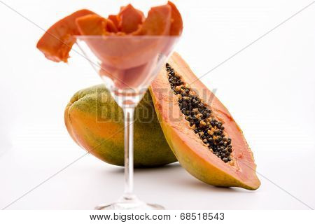 Globose body and tangerine pulp - Papaya