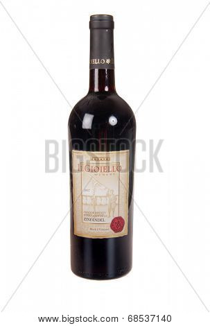 HAYWARD, CA - July 16, 2014: 2007 Il Gioiello Winery Zinfandel varietal wine, produced by Morse Wines, Fiddleton, Ca
