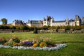 picture of chateau  - View of the Chateau de Fontainebleau and its huge park - JPG
