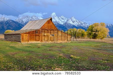 Abandoned barn at Mormon Row in Grand Teton