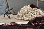 picture of sloop  - fishing nets are preparing for sea fishing - JPG