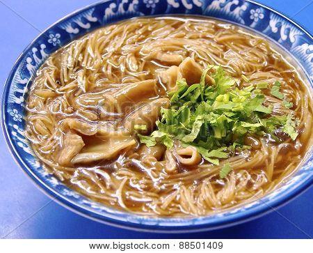 Pork intestine thin noodles
