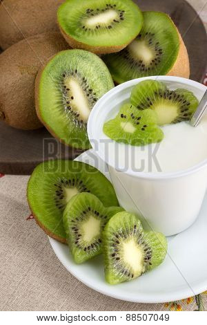 Yogurt With Kiwi