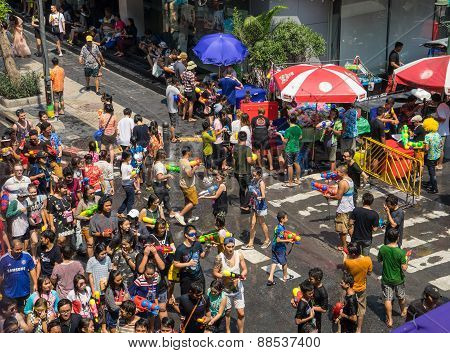 people playing water in Songkran festival