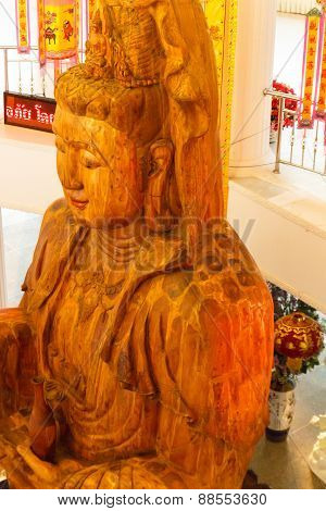 Wooden Goddess Of Mercy (guan Yin) Statue