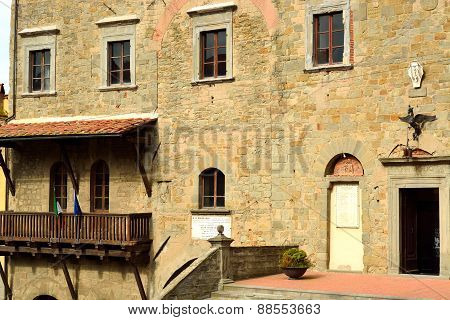 View of the medieval palace of Cortona