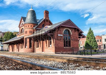 Oakland, Maryland, Train Depot