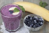 picture of banana  - Smoothies of frozen blueberries and banana with yogurt - JPG