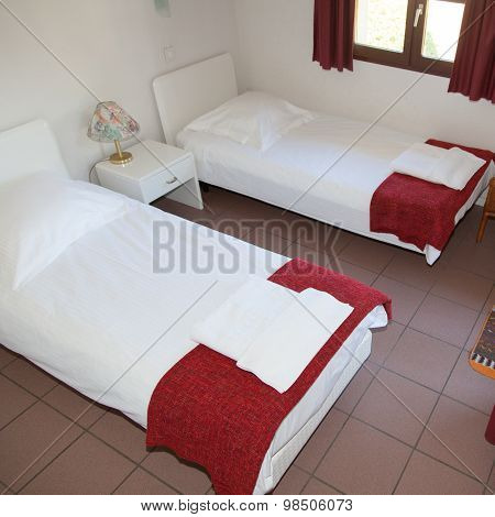 Two Single Beds In A Cosy Cottage