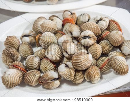 Pile Cockles Fresh Put On The Dish.