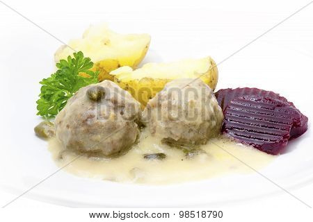 Meatballs In A White Sauce With Capers, Potatoes And Beetroot, Königsberger Klops