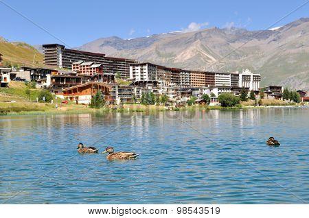 Lake Of Ski Resort - Tignes
