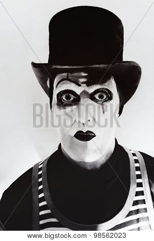 Scary Angry  Mime Wearing A Tall Hat