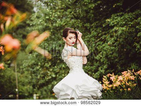 Beautiful bride Portrait Outdoors