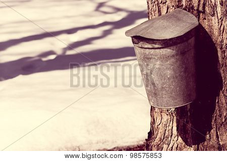 Vintage Look Covered Maple Syrup Sap Bucket With Snow