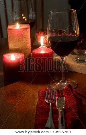 red & romantic dinner setting for two