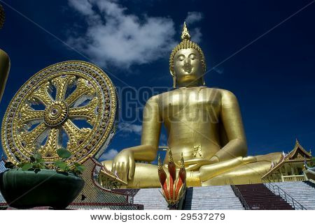Big Buddha And Thammajak.