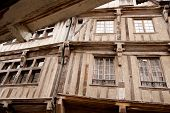 foto of corbel  - Medieval timberframe house in historic Dinan - JPG