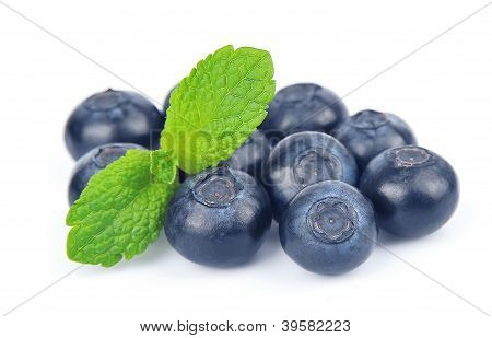 Huckleberry with mint