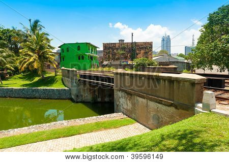 COLOMBO - APRIL 13: Panorama of Fort district on the day of April 13, 2012 in Colombo, Sri Lanka. Colombo is the largest city and the commercial, industrial and cultural capital of Sri Lanka.
